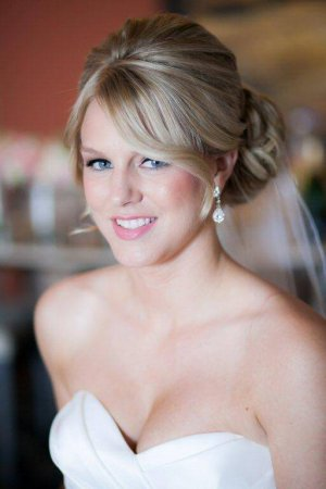 Flowless destination wedding hair and make-up Barcelo los Cabos by Suzanne Morel salon - Photography by Ana & Jerome