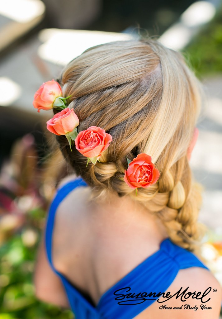 Braid and flowers- Little girl- hairstyle- Cabo Wedding
